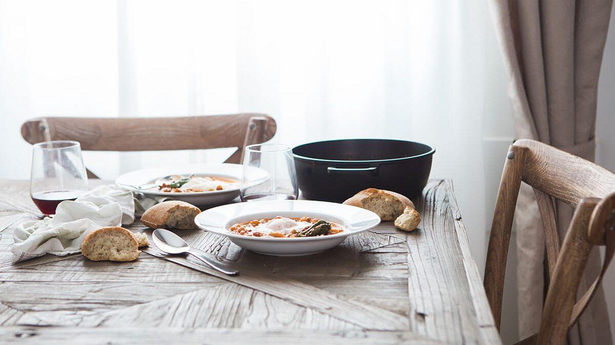 Recipe: Tomato, Basil Cream Soup With Home Made Bread Crisps